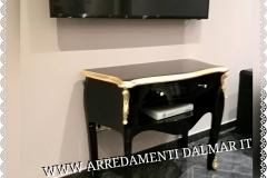 Tavolino nero-oro
