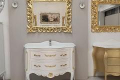 Bagno 2 cassetti bianco con intagli oro top cristallo bianco lucido
