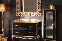 bagno 2 cassetti nero opaco intagli oro + vetrina