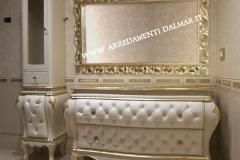 bagno barocco imbottito + vetrina