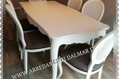 Tavolo e sedie personalizzate