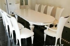 tavolo e sedie bianche-argento