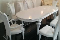 tavolo ovale e sedie imbottite bianco-argento