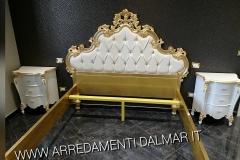 Camera matrimoniale personalizzata - letto e comodini 1