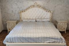 Letto matrimoniale e comodini bianco perla-oro